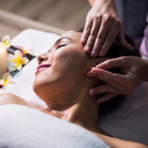 massaggio Mukabhyangam